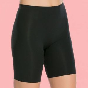 SPANX 10005R Thinstincts Mid-Thigh BLACK